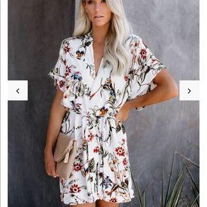 Vici collection moody blooms kimono dress